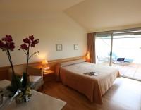 Hotel Àncora 01.jpg